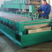 China OEM manufacture customized width wall panel roll forming machine