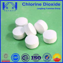 Comprimés à base de dioxyde de chlore pour l'utilisation des produits chimiques pour traitement de l'eau