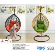 Garden indoor & outdoor hanging egg shaped round wicker swing chair.