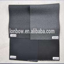 Marca italiana con tejido de lana