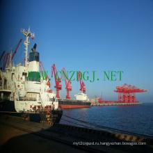 Плавучий кран работы вблизи Dock для строительных нужд