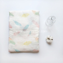 Baby  muslin blanket with feather print