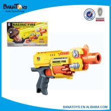 B / o arma de brinquedo que dispara balas de plástico