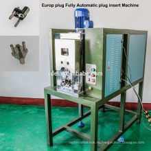 Автоматическая 2-контактный 3-контактный разъем вставить гофрируя машина,евро стандарт штепсельной вилки гофрируя машина