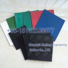 Folha de borracha de várias cores com vários aplicativos
