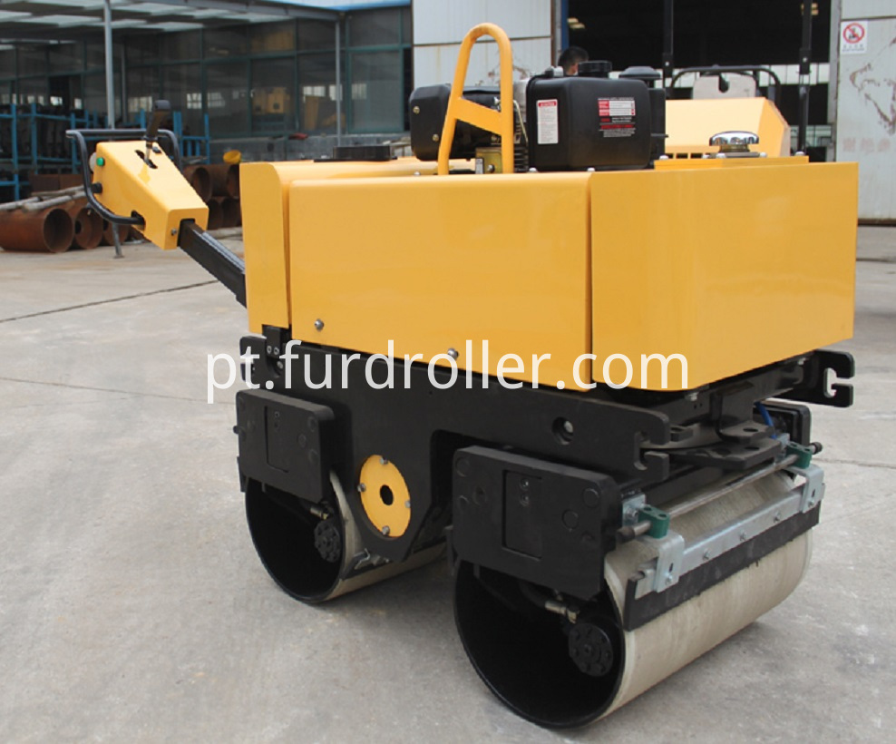 Self-propelled Road Roller