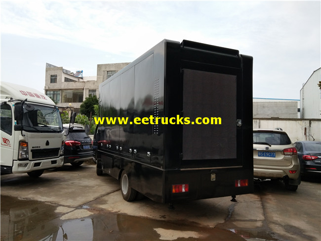 P10 LED Mobile Billboard Vehicles