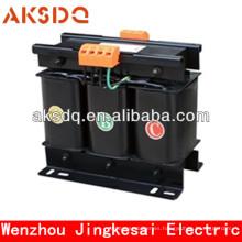 Transformador de voltaje de fase trifásica