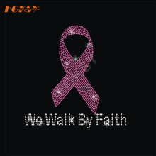 Wir gehen durch Faith Pink Ribbon Heat Strass