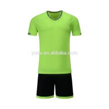 2017 novo design de futebol jersey crianças tamanho colorido futebol jersey