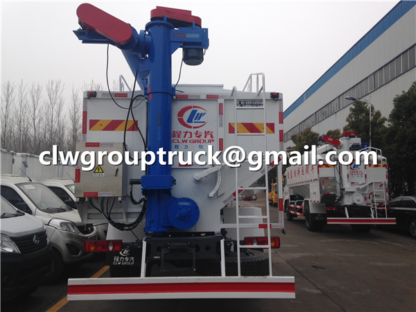 Bulk Carrier Feed Truck