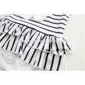 China-Fabrik-Baby kleidet Art und Weiserüsche weicher Baumwollspielanzug weiß und schwarz abgestreifter Babyspielanzuggroßverkauf