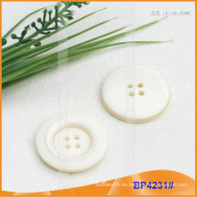 Botón de poliéster / Botón de plástico / Botón de camisa de resina para el escudo BP4231