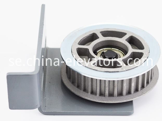 Door Driven Roller Assembly for Mitsubishi Elevators 32 teeth Bearing: 6201Z