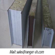 Venta caliente lana de roca sándwich panel material para techos del rodillo que forma la máquina