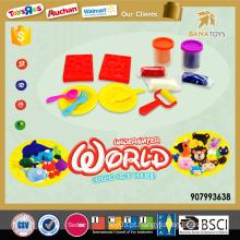 Engraçado, inteligente, jogo, massa, argila, artesanato, brinquedo ...