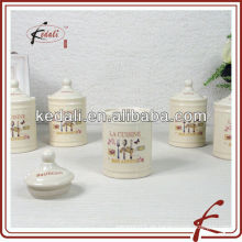 Kleine keramische Gewürzgläser mit Abziehbild