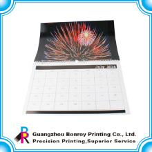 Neuer Entwurf CMYK recyclebarer populärer zerreißen Papierwandkalender