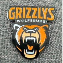 Pin / badge en émail noir plaqué en forme d'ours
