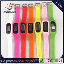 New Style Pedometer Watch Promotion Watches for Sport (DC-001)