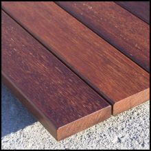 Merbau superficie lisa tablero del Decking al aire libre