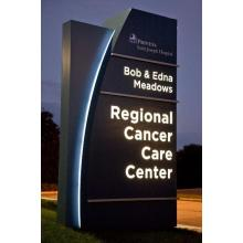 Outdoor Hotel Hospital Car Park Commercial Directory Advertising Display Digital Illuminated Freestanding Signage Totem