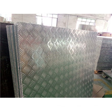 Panneaux de plancher en aluminium à rayures antidérapantes