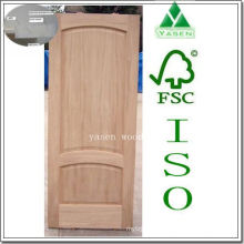 Porta de madeira levantada do painel do arco da engenharia