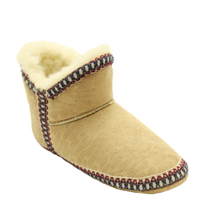 Customized Supplier for Sheepskin Slipper Boots Womens comfy women's bedroom indoor fuzzy sippers boots supply to Saint Lucia Exporter
