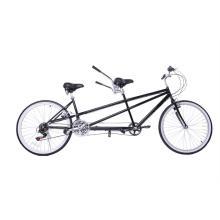 Bicicleta tándem de acero en tándem de montaña