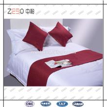 Venta al por mayor almohadilla de almohadilla de tiro de poliéster Cojín de hotel barato y corredor de cama para la venta