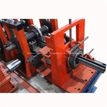Máquina para fabricar prateleiras de armazenamento