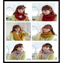 Новая 100% акриловая женщина вязала сплошной зимний шарф из красного желтого молока