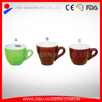 Venta al por mayor Mini taza de café de cerámica y platillo