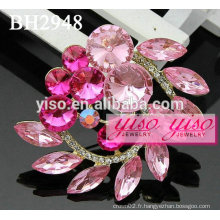 Broches roses en strass