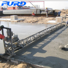 Betonilha de concreto Frame atacado com motor honda