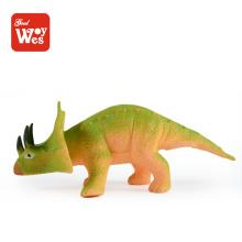 Mais novo design crianças adorável soft plastic triceratops dinosaur animal brinquedo a partir de 2017