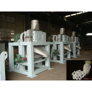 Aluminium oxide compaction granulating machine