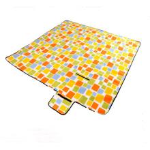 2 * 2 M Thick Moisture Pad Picnic Mat