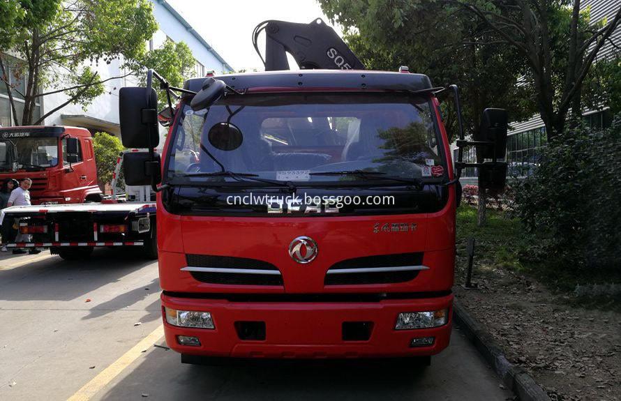 articulated crane truck 1