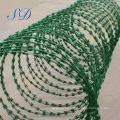Cerca galvanizada de la malla de alambre de púas de la maquinilla de afeitar del Concertina para la cerca de ganado