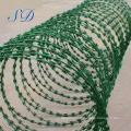 Galvanized Concertina Razor Barbed Wire Mesh Fence For Cattle Fence