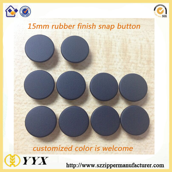 rubber-snap-button-2