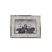 Marco hecho a mano de la foto del metal al por mayor con la cáscara del río