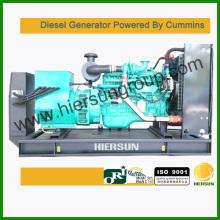 Propulsé par Cummins 160kw / 200kva Diesel Generator