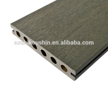 New generation co extrusion wood plastic composite decking for gardan outdoor