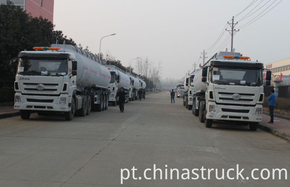 Stainless steel Fuel tanker trailer