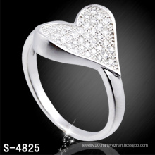 925 Sterling Silver Ring with Heart Shape (S-4825)