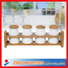 Tarro de especias de cerámica con estante de madera