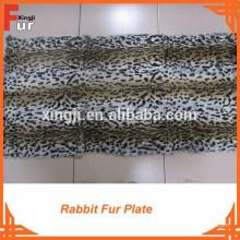 Plaid en fourrure de lapin imprimé léopard et ciselé